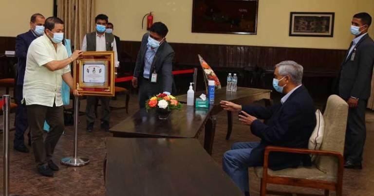 'नेपाल सहकारी बैंक'प्रति प्रधानमन्त्री देउवा सकारात्मक, समस्या समाधान गर्न ध्यान दिनुपर्ने सुझाव